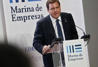 Emilio Mateu (PDG de TCI Cutting) donne la conférence inaugurale du nouveau cours académique du Centre  Universitaire EDEM, à Valence, en España.
