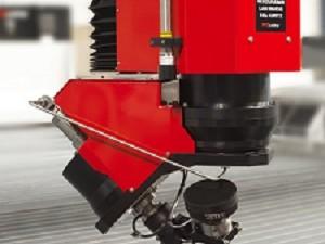 Machine de découpe jet d'eau waterjet BP-S de TCI Cutting