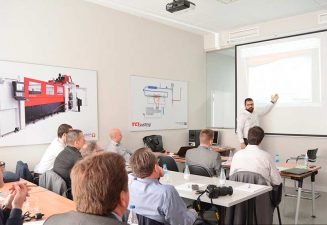 Nuevo espacio de formación a clientes en el manejo de las máquinas de corte por láser y waterjet