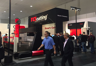 Grand succès des machines de découpe laser 4.0 TCI Cutting au salon de l' Euroblech 2016
