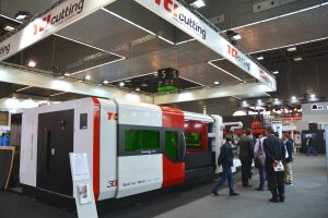 Dynamicline Fiber laser cutting machine TCI CUTTING spanish fair biemh 2018 exposition